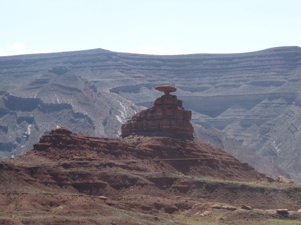 Mexican-Hat-Rock.JPG