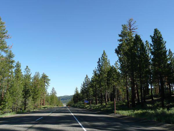 Sur-la-route-de-Mono-Lake--3-.JPG