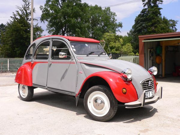 2 cv Renaud Dolly 2005 av