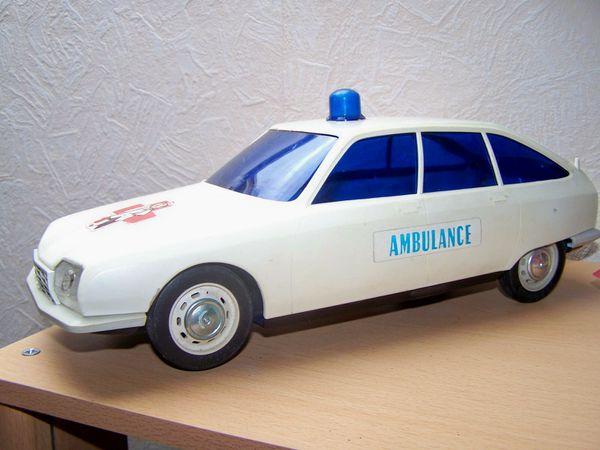 Jouet mont blanc citroen gs ambulance le blog des - Nettoyer sa voiture au vinaigre blanc ...