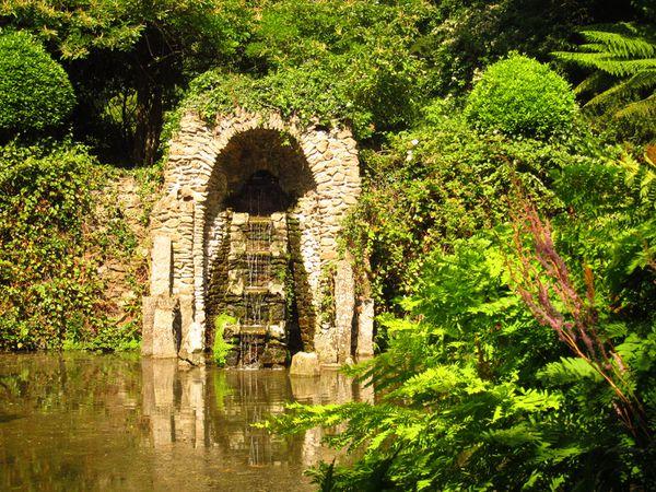 L 39 eau omnipr sente kerdalo vadrouillons for Jardin kerdalo