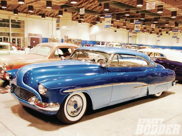 1106sr-10-o+2011-customs-then-now-showcase+52-buick-blue-da