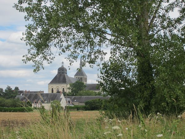 0-St-Benoit-sur-Loire.JPG