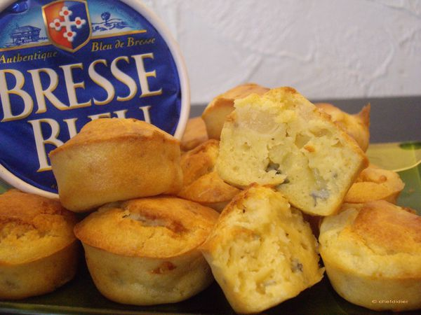 Mini-cakes-aux-Poires-et-Bleu-de-Bresse.jpg