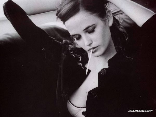 Eva-Green-1024x768-wallpaper.jpeg