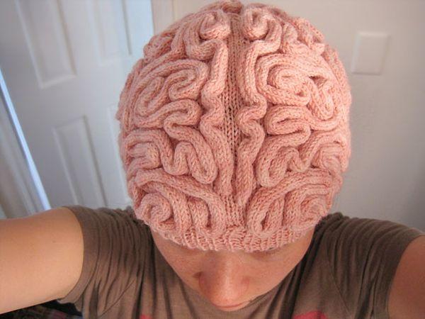 brain-hat-pattern-alana-noritake-2.jpeg