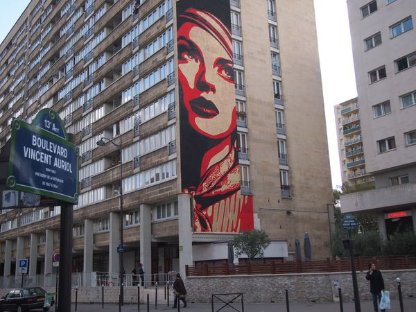 Shepard-Fairey-Paris-13e-28-sept-2012-2.JPG