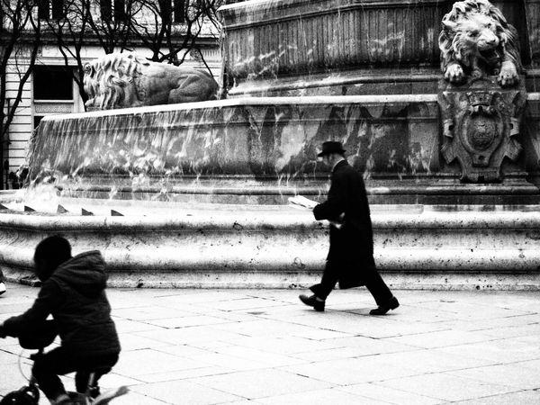 Place-St-Sulpice-5-janv-2013.JPG