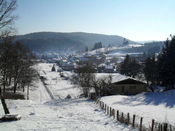 B03 - village [1280x768]