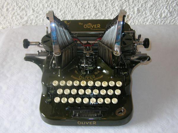 Affaire Snowden: revenir à la machine à écrire pour garder ses secrets ?