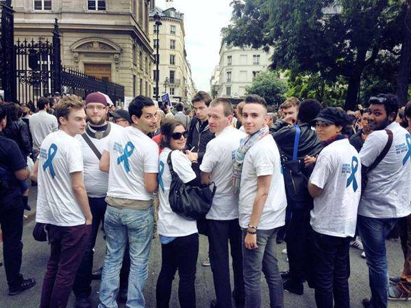 Le Refuge mobilisé en force contre l'homophobie à Paris (Mairie du 3ème)