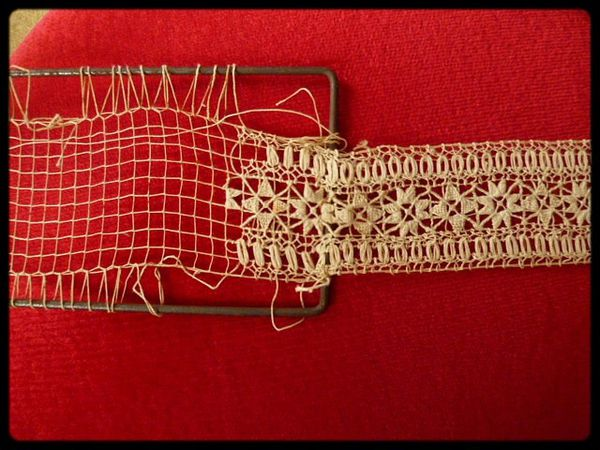 broderie_filet_navette_motif_ancien