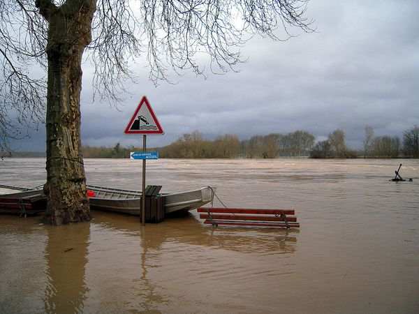 Inondations à Couthures
