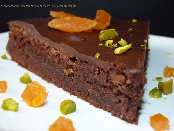 gâteau au chocolat fourré à l'orange (2)