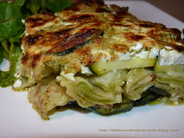 gratin de ravioles a la courgette et au pesto les. Black Bedroom Furniture Sets. Home Design Ideas