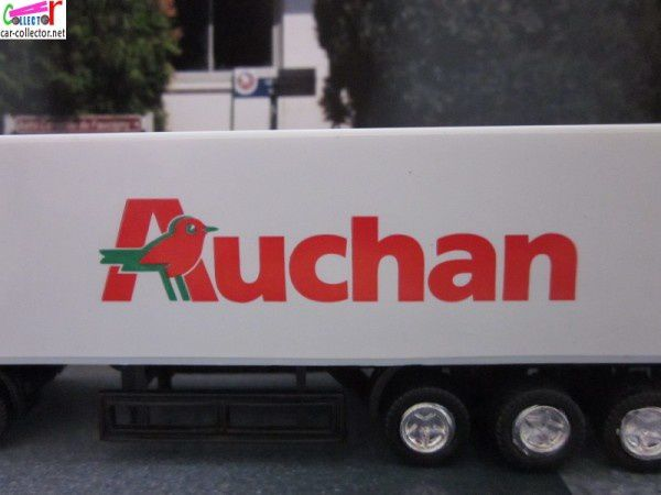 camion-1040-hypermarche-auchan-china (3)
