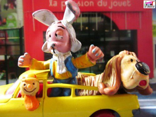 citroen-ds-magic-roundabout-pollux-le-manege-enchante-corgi
