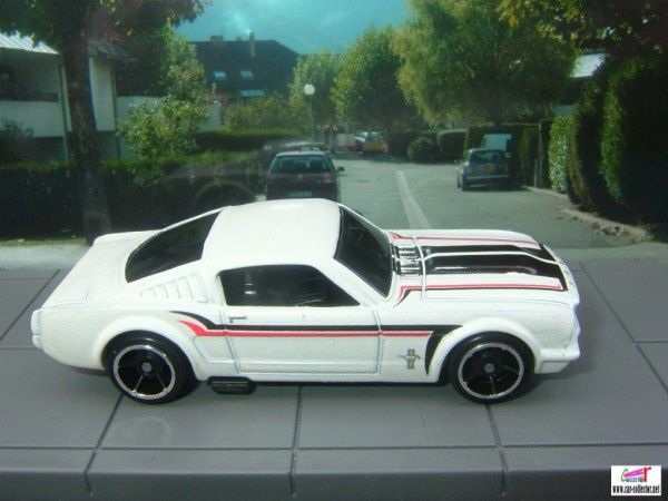 ford mustang fasback muscle mania 2009.085 (2)