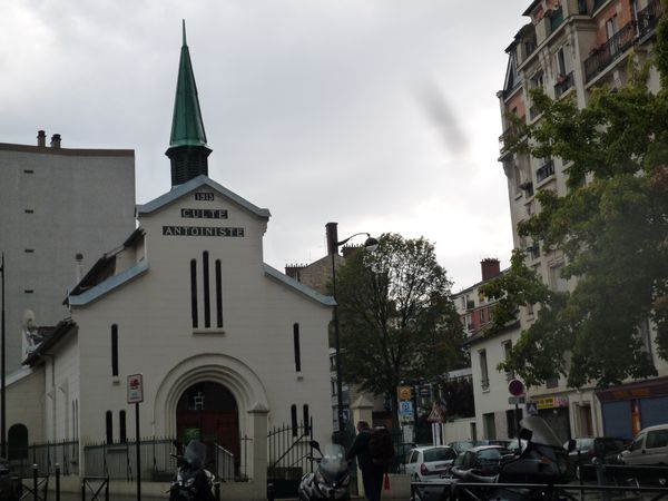 Rue Vergniaud- rue Kurtz - place- temple Antonioniste