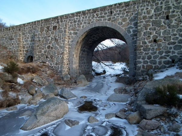 25022013-Pont-riviere-glacee.jpg