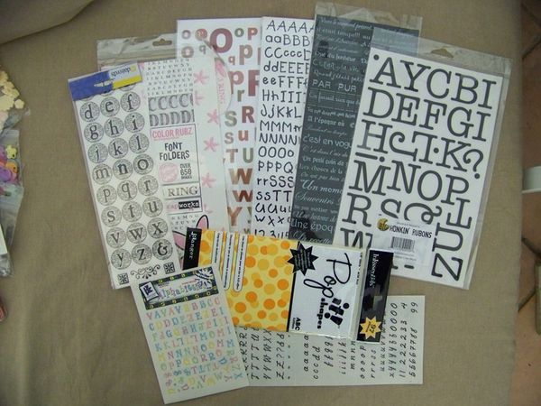 LOTS-DECALCOMANIES-LETTRES.jpg