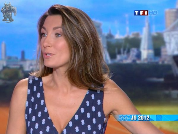 Anne-Claire-Coudray_12Jt002.jpg