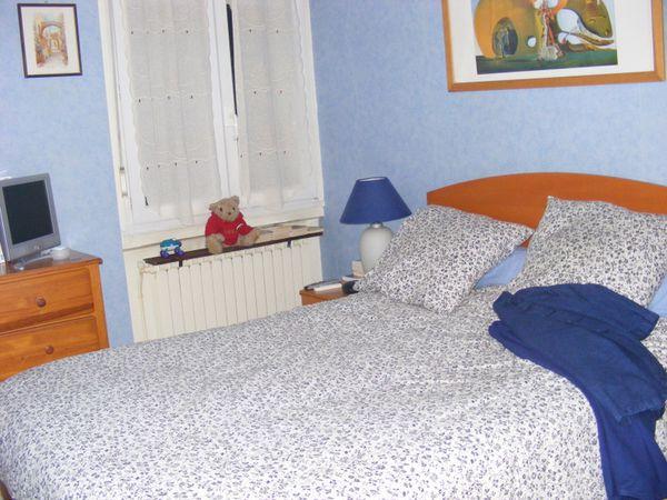 une demande de renseignements aux lecteurs de mon blog que faire de mes meubles qui dorment au. Black Bedroom Furniture Sets. Home Design Ideas