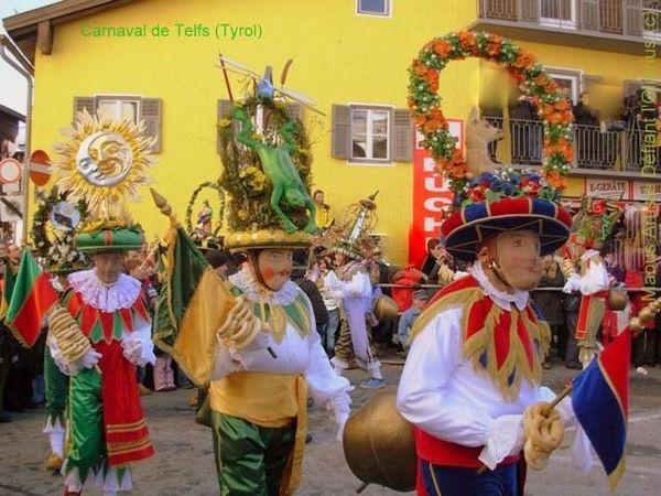 Carnaval-Telfer-Fasnacht-la-danse-des-Schleicher-.JPG