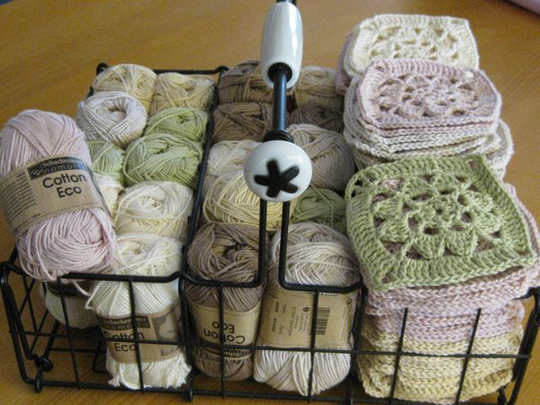 granny squares manufaktur mondkind designblog. Black Bedroom Furniture Sets. Home Design Ideas