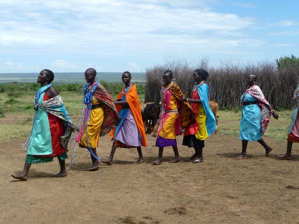 Danse-de-Bienvenue-Masai.jpg