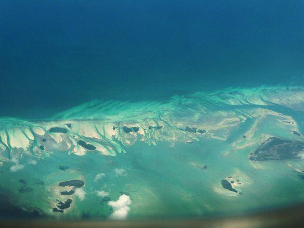 Jour 10 Vue aérienne atolls 2