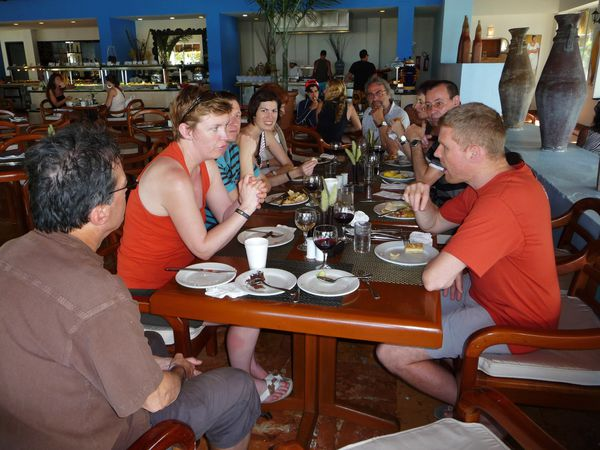 Jour 9 Cancun resto groupe