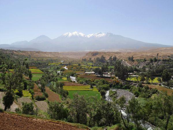 Arequipa-Mirador-de-Carmen-Alto-volcan-B.jpg