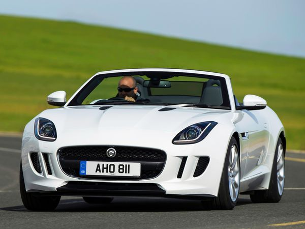 jaguar_type_f_v8_s_uk_2013_104.jpg