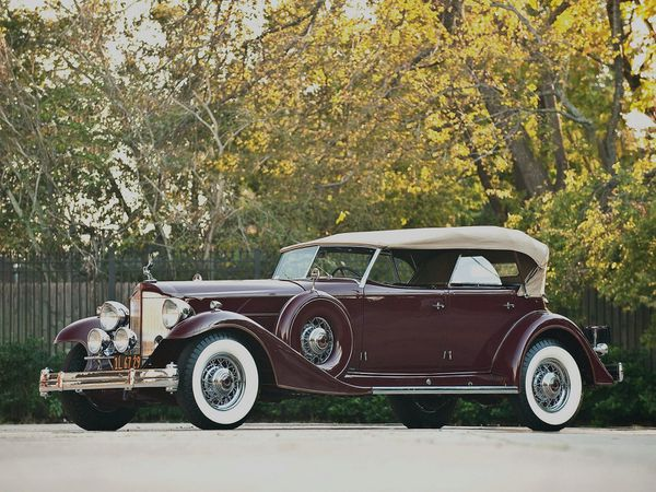 packard_custom_twelve_model_1006_sport_phaeton_by_-copie-2.jpg