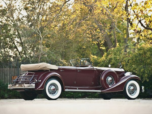 packard_custom_twelve_model_1006_sport_phaeton_by_-copie-4.jpg
