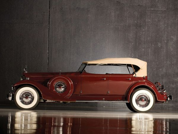 packard_custom_twelve_model_1006_sport_phaeton_by_-copie-5.jpg