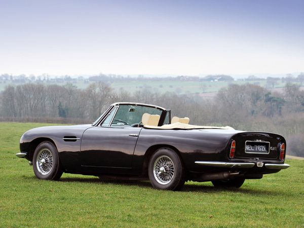 aston_martin_db6_volante_version_UK_1965_102.jpg