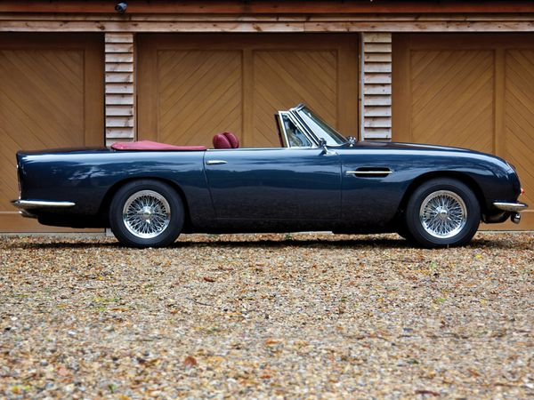 aston_martin_db6_volante_version_uk_1965_109.jpg