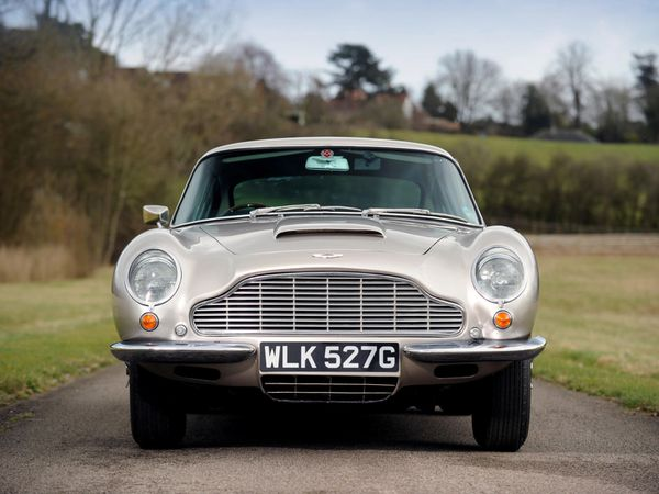 aston_martin_db6_uk_1965_104.jpg