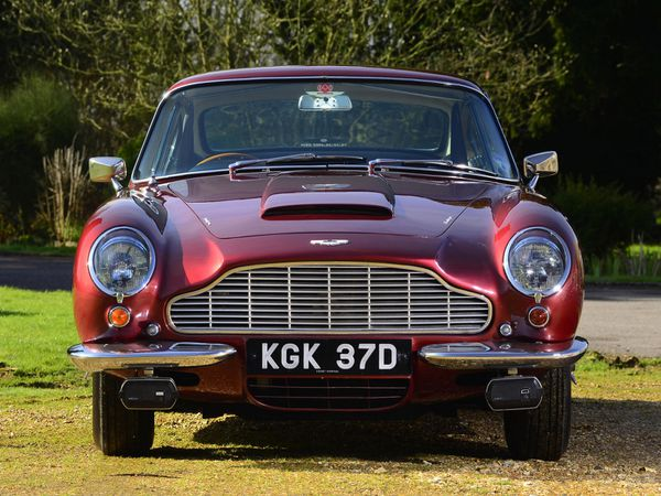 aston_martin_db6_uk_1965_122.jpg