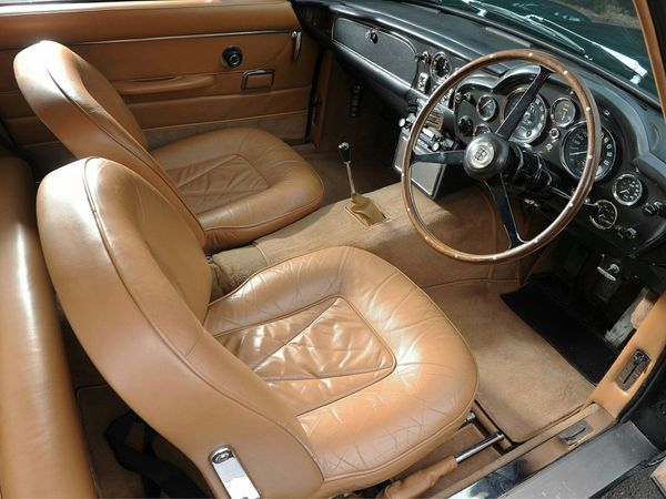 aston_martin_db6_uk_1965_125.jpg