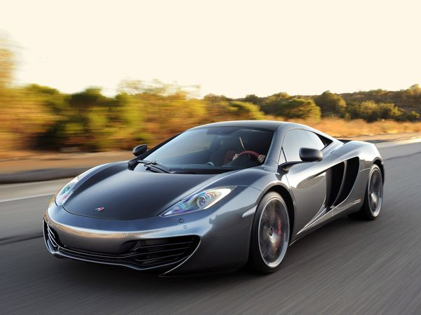mclaren_mp4_12c_hpe700_by_hennessey_2013_105-copie-2.jpg