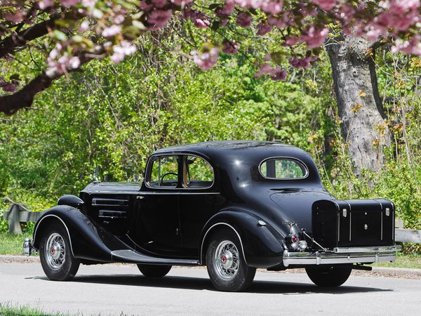 packard_twelve_5-passenger_coupe_1936_08-copie-3.jpg