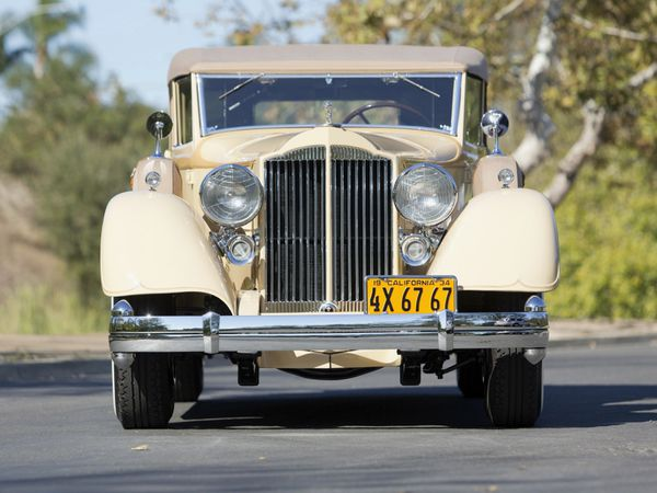 packard_twelve_convertible_sedan_1934_102.jpg