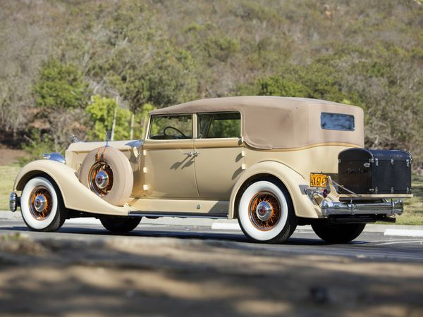 packard_twelve_convertible_sedan_1934_103.jpg