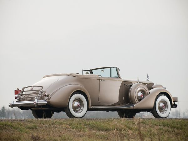 packard_twelve_convertible_victoria_1937_110.jpg