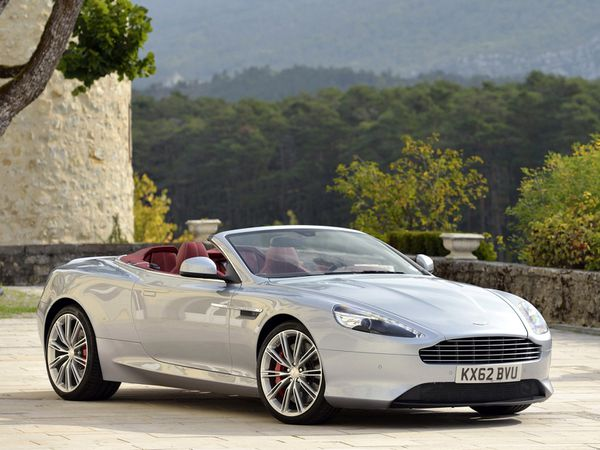 voitures de legende 355 aston martin db9 volante 2013 victor association. Black Bedroom Furniture Sets. Home Design Ideas