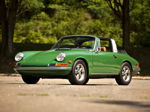 voitures de legende 381 porsche 911s 2 0 targa 901 version usa 1966 victor association. Black Bedroom Furniture Sets. Home Design Ideas