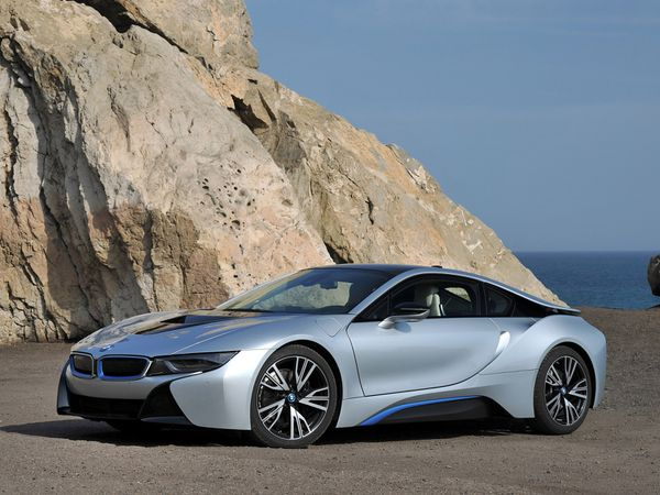voitures de legende 392 bmw i8 coupe 2014 victor association. Black Bedroom Furniture Sets. Home Design Ideas
